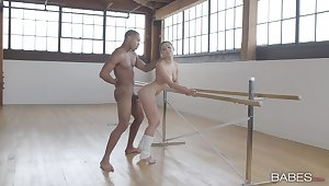 Black toff fucks the teen ballerina in exercise she never experienced before