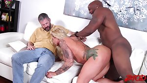 Cum loving spliced Ryan Conner rides a starless cock for her skimp