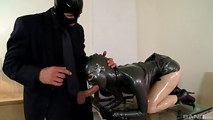 Amazing vassalage plus latex fetish sex with sultry Lucy Latex