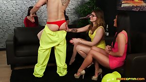 CFNM video of Ava Austen and Gail Lyons pleasuring a lucky guy